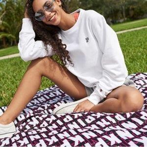 NWT PINK Victoria's secret Packable Blanket